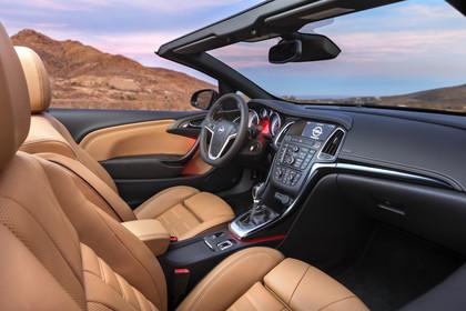 Opel Cascada Innenansicht Beifahrerposition statisch hellbraun