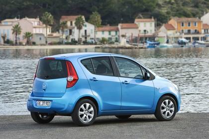 Opel Agila H-B Aussenansicht Seite schräg statisch blau