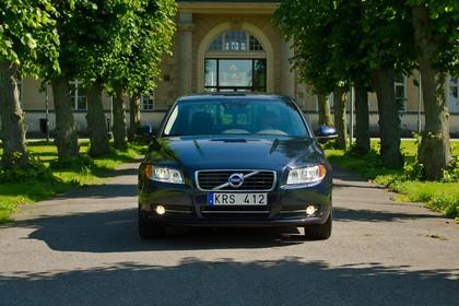 Volvo S80 AS Facelift Aussenansicht Front statisch dunkelblau