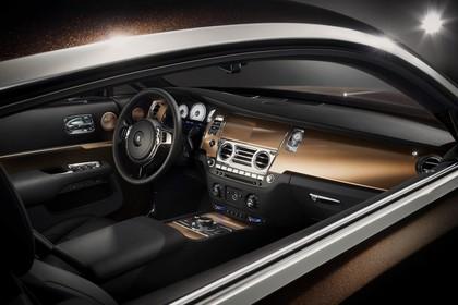 Rolls-Royce Wraith Innenansicht statisch Studio Mittelkonsole und Armaturenbrett beifahrerseitig