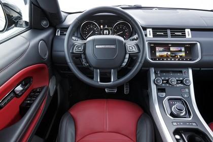 Land Rover Range Rover Evoque Cabrio L538 Innenansicht Fahrerposition statisch schwarz rot