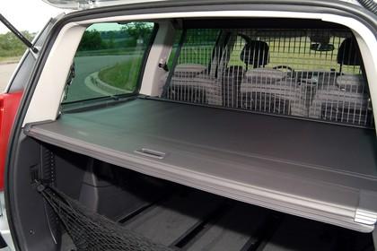 Peugeot 807 E Innenansicht statisch Kofferraum