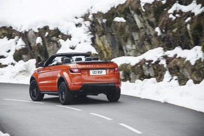 Land Rover Range Rover Evoque Cabrio L538 Aussenansicht Heck schräg dynamisch orange