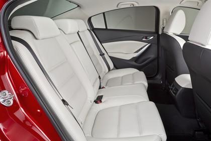 Mazda 6 Limousine GJ Innenansicht statisch Studio Rücksitze