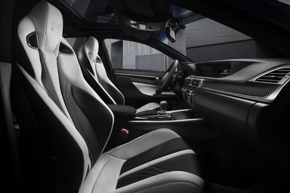 Lexus GS L10 Innenansicht statisch Vordersitze und Armaturenbrett beifahrerseitig