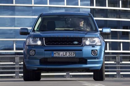 Land Rover Freelander 2 LF Facelift Aussenansicht Front statisch blau