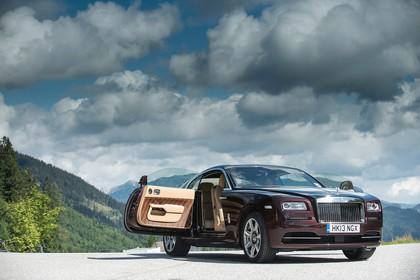 Rolls-Royce Wraith Aussenansicht Front schräg statisch braun