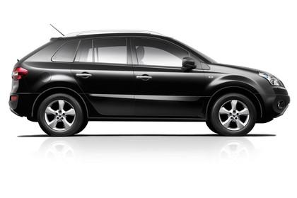 Renault Koleos Y Aussenansicht Seite statisch Studio schwarz