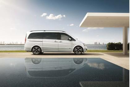 Mercedes-Benz Viano 639 Aussenansicht Seite statisch weiss