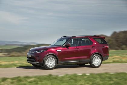 Land Rover Discovery LR Aussenansicht Seite dynamisch rot