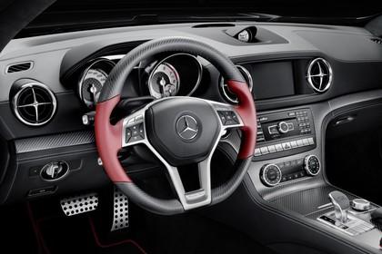 Mercedes SL R231 Innenansicht Studio Fahrerposition statisch schwarz