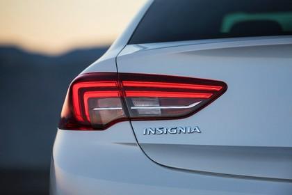 Opel Insignia B Grand Sport Aussenansicht Heck Detail Rückleuchte statisch silber