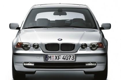 BMW 3er Compact E46 Aussenansicht Front statisch Studio silber
