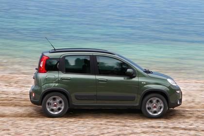 Fiat Panda 4x4 319 Aussenansicht Seite dynamisch grün