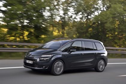 Citroën Grand C4 Picasso 2 Aussenansicht Seite schräg dynamisch grau