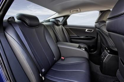 Toyota Mirai Innenansicht Detail statisch schwarz Rücksitz