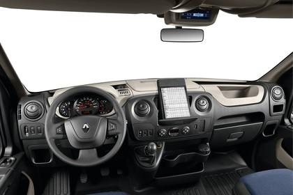 Renault Master 3 Combi Innenansicht statisch Studio Vordersitze und Armaturenbrett fahrerseitig