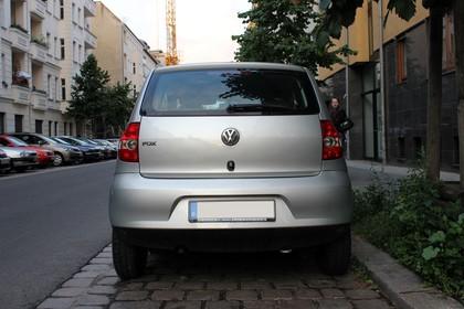VW Fox 5Z Aussenansicht Heck statisch silber