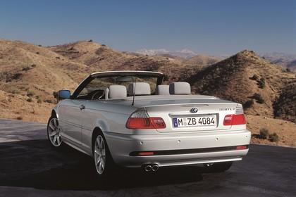 BMW 3er Cabriolet E46 Aussenansicht Heck statisch schräg silber