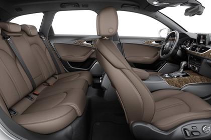 Audi A6 C7 Allroad Innenansicht Rücksitzbank Studio statisch braun