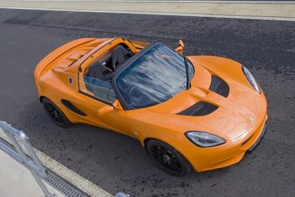 Lotus Elise 3 Aussenansicht Seite schräg erhöht statisch orange