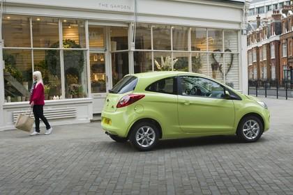 Ford Ka RU8 Aussenansicht Seite schräg statisch grün