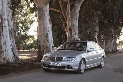 BMW 3er Coupé E46 LCI Aussenansicht Front schräg statisch silber