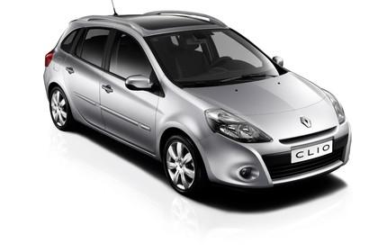 Renault Clio Grandtour R Facelift Aussenansicht Front schräg statisch Studio silber