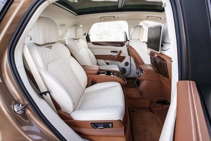 Bentley Bentayga Innenansicht Statisch Studio Rücksitze
