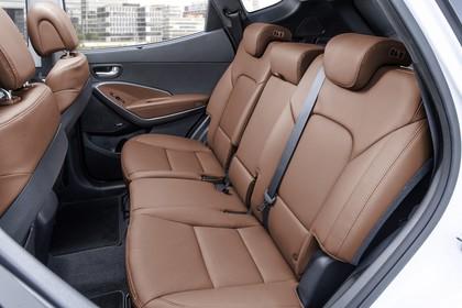 Hyundai Santa Fee DM Innenansicht Detail statisch braun Rückbank