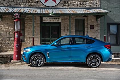 BMW X6 M F16 Aussenansicht Seite statisch blau