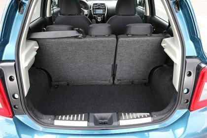 Nissan Micra K13 Aussenansicht Heck statisch Heckklappe geöffnet blau