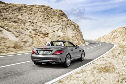 Mercedes SLC R172 Aussenansicht Heck schräg dynamisch grau