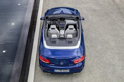 Mercedes-Benz C-Klasse Cabriolet A205 Aussenansicht Heck erhöht statisch blau