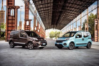 Fiat Qubo Trekking 225 Aussenansicht Front schräg statisch braun blau
