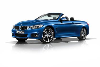 BMW 4er Cabrio F33 Aussenansicht Front schräg Studio statisch blau