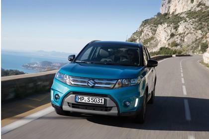 Suzuki Vitara 2 LY Aussenansicht Front schräg dynamisch blau