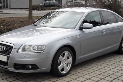 Audi A6 4f Aussenansicht Front schräg statisch silber