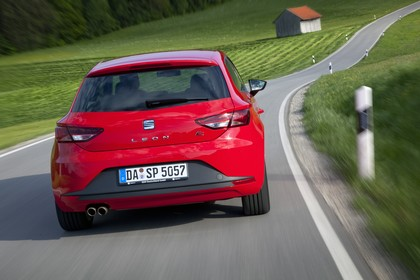 SEAT Leon SC 5F Heck dynamisch rot