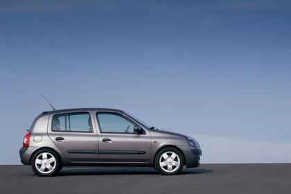 Renault Clio B Facelift Fünftürer Aussenansicht Seite statisch grau