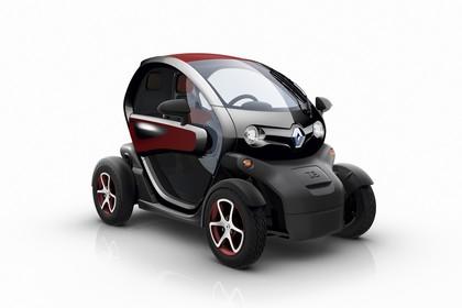 Renault Twizy Aussenansicht Front schräg statisch Studio rot