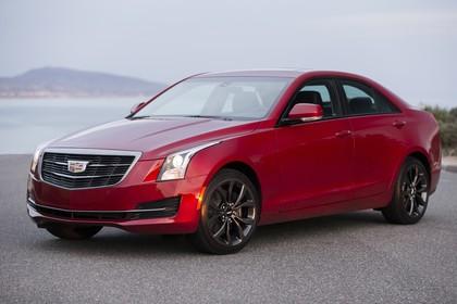 Cadillac ATS Limousine Aussenansicht Front schräg statisch rot