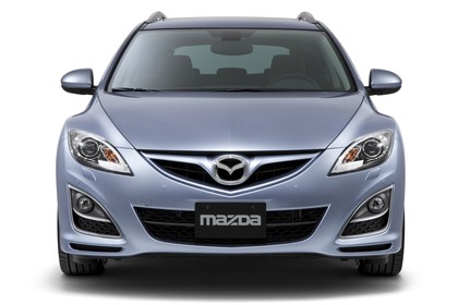 Mazda 6 Kombi GH Studio Aussenansicht Front statisch silber