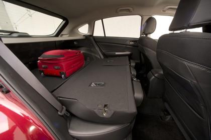 Subaru Impreza G4 Innenansicht statisch Studio Kofferraum Rücksitze umgeklappt