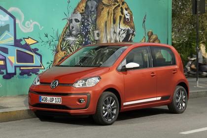 VW UP! Aussenansicht Front schräg statisch rot
