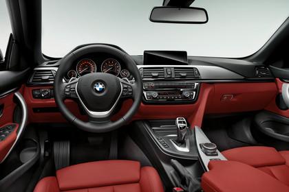 BMW 4er Cabrio F33 Innenansicht Fahrerposition Studio statisch rot