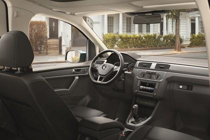 VW Caddy 4 Innenansicht Beifahrerposition statisch schwarz