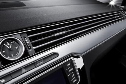 VW Passat B8 Variant Innenansicht Lüftungsdüsen