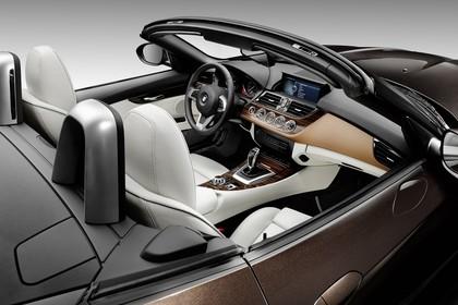 BMW Z4 E89 Innenansicht statisch braun weiß