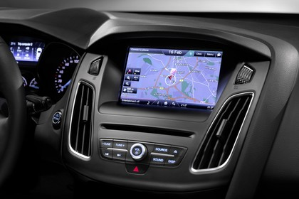 Ford Focus Turnier Mk3 Innenansicht Armaturenbrett Infotainmentsystem